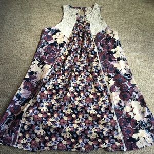 Floral Shift Dress with Lace Detailing